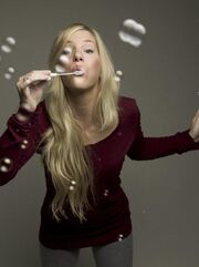 493px-Full-heather-morris