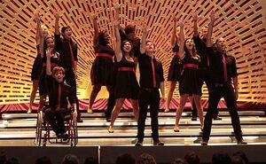 9e169382d0dd285b glee sectionals.preview