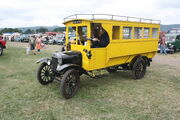 Ford bus - DD 475 at welland 2010 - IMG 7882