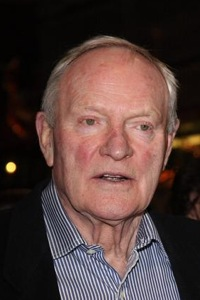 Julian-Glover-200