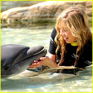 Jennette-mccurdy-sea-world.jpg