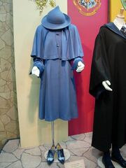 Beauxbatons-school-uniform-costume-profile