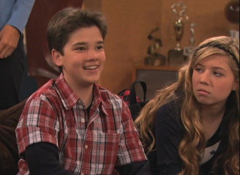 Icarly Saves Tv Related Keywords & Suggestions - Icarly