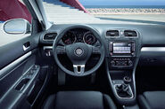 VW-Golf--Estate-4