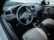 2011-Volkswagen-CrossPolo-7