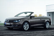 2011-VW-Eos-18
