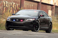 Ford-Taurus-Police-Interceptor-13