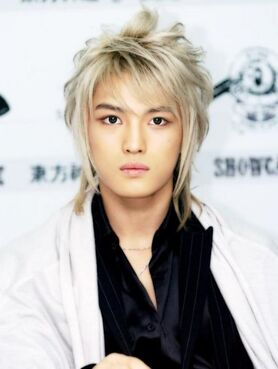 451px-jaejoong