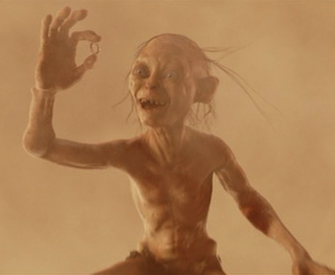 Gollum_has_the_ring.png