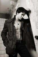 Booboo-stewart-troix-magazine-1