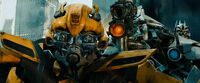 Dotm-bumblebee&amp;soundwave-film-chicago