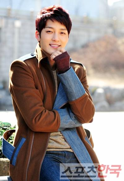 Han Dong Min Queen in Hyun Han Dong Min Kim Jin Woo