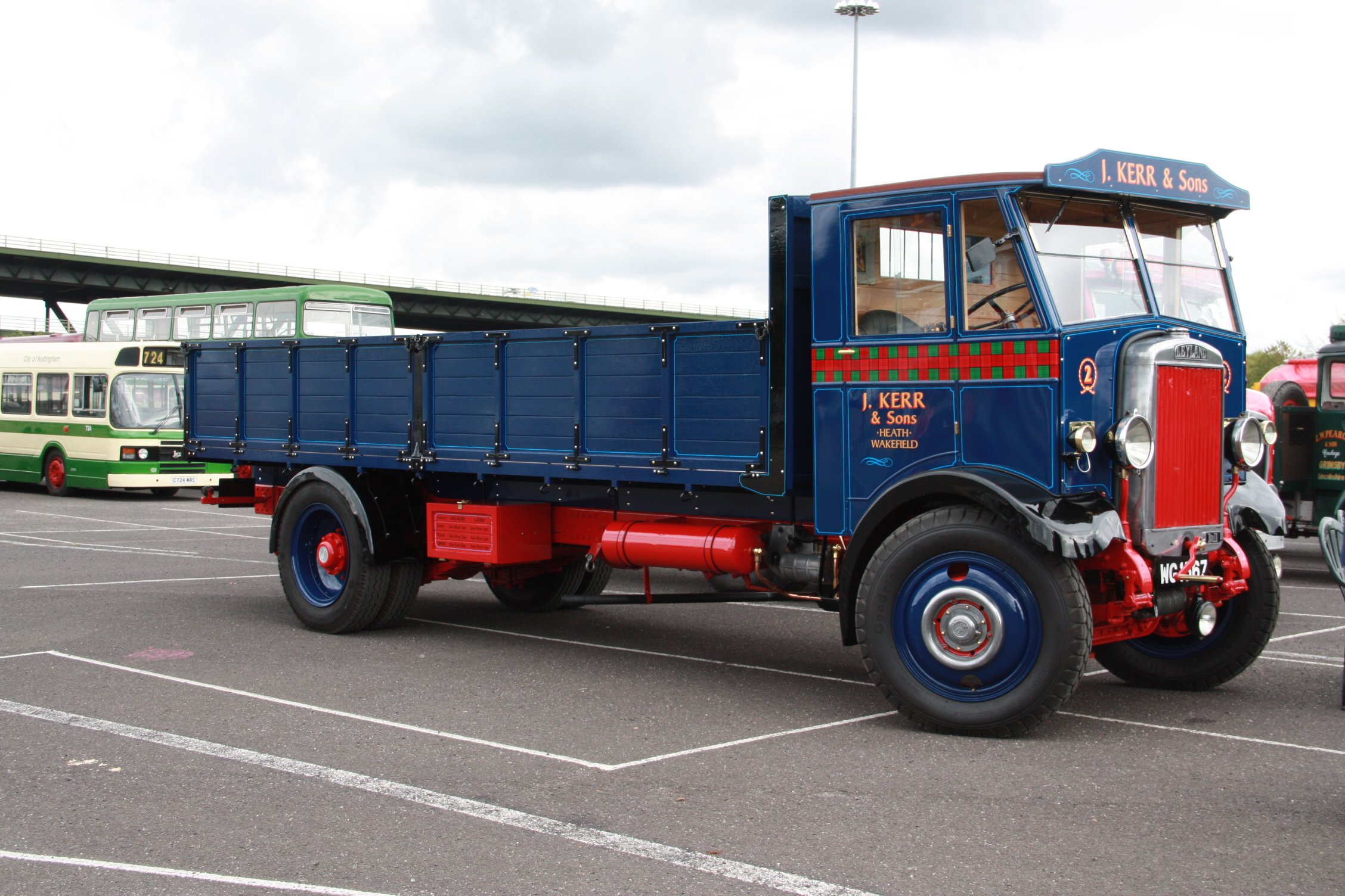 Leyland Bull - Tractor & Construction Plant Wiki - The ...