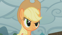 Applejack fed up by Rarity&#39;s lady-like whining S1E08
