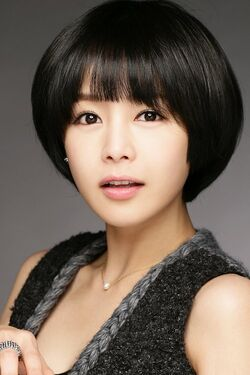 Lee Young Ah11