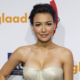 Naya-rivera-kim-cattrall-glaad-media-awards-06