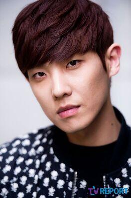 MBLAQ 262px-Lee_Joon10