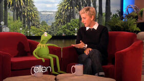 EllenDegeneres-Kermit-(2011-11-09)