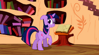 Twilight looks back at Applejack S2E06