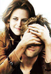 Edward-Bella-edward-and-bella-14685345-348-500