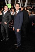 Breaking-dawn-cast-red-carpet-11152011-45-430x645