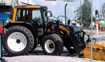 Valtra X-120 City MFWD (yellow) - 2003
