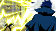Laxus destroys the cover of Mystogan&#39;s face