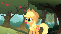 Applejack looking happy S01E18