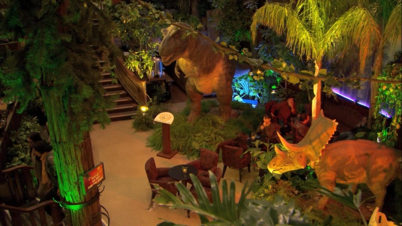 Theme Restaurant Animatronic Dinosaur to enjoy people