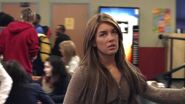 Shenae-on-Degrassi-7x01-shenae-grimes-8631021-624-352