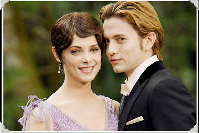 File:Alice and Jasper at BE wedding.jpg