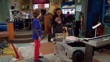 ANT.Farm.S01E06.Bad.RomANTs.HDTV.XviD-PREMiER screenshot 4