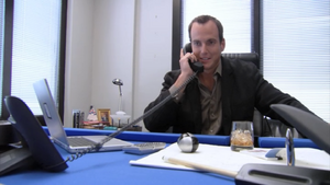 2x03 GOB (5)