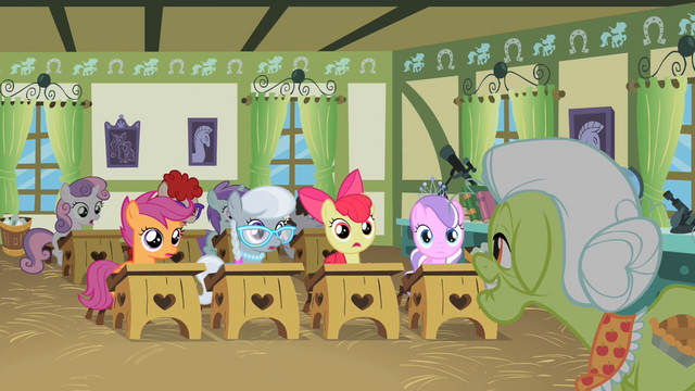Crossover : MLP FiM + Tanks 640px-The_effect_of_Granny_Smith's_story_S2E12