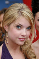 Ashley-benson11