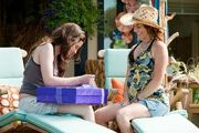 Bella-and-Renee-twilight-series-13631648-720-479
