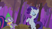 Rarity standing S2E21