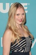 Emma Bell emma-bell-miss-golden-globes-party-2