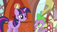 Twilight letting Spike go S2E21