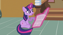 Twilight reading fake story about her S2E23