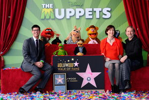 TheHollywoodWalkOfFame-TheMuppets-(2012-03-20)03