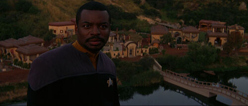 Geordi watches a sunrise