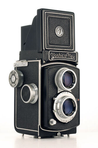Yashica Flex B (old)