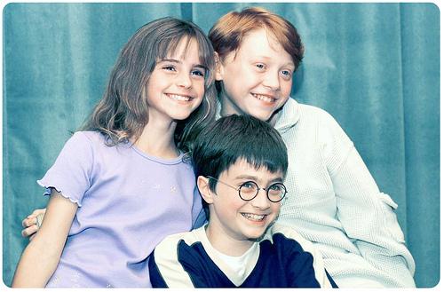 File:The-Golden-Trio-harry-potter-24726761-500-329.jpg