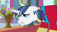 Shining Armor can't S2E26