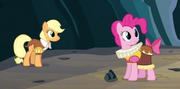 Smart Cookie and Chancellor Puddinghead S02E11