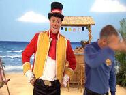 Anthony and ringmaster ringo in blooper from &;ukulele baby!&;