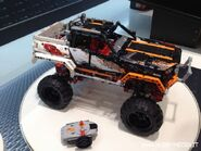 Lego-4x4-crawler