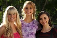 Mako Mermaids&#39; Actors 3