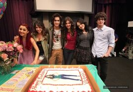 Victoria Justice On Set Of Victorious Surprise Birthday party-10-560x385